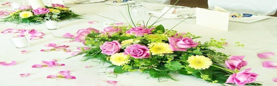 Composizioni floreali - Tavoli addobbati per diciottesimi ...
