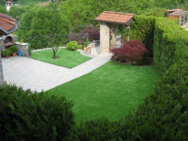 L 39 acero rosso di mauro bruni giardini prati artificiali for Arredamento da giardino prato