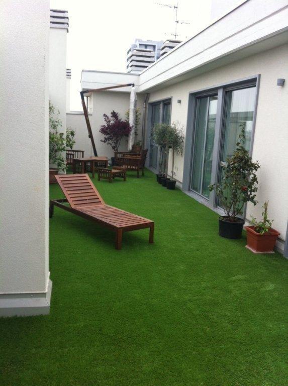 Awesome Siepe Terrazzo Contemporary - Idee Arredamento Casa ...